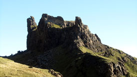Large cliff seen on Quiraing walk.